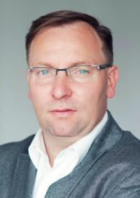 Piotr Gawrysiak Dyrektor Działu Służb Mundurowych