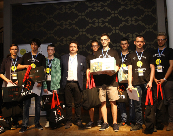 Zwyciezcy Hackathonu City Coders Plock
